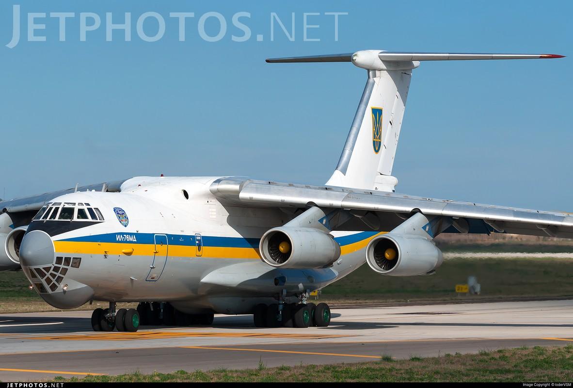 Phi cong Ukraine trom van tai co Il-76 o Afghanistan bay sang Iran ban-Hinh-12