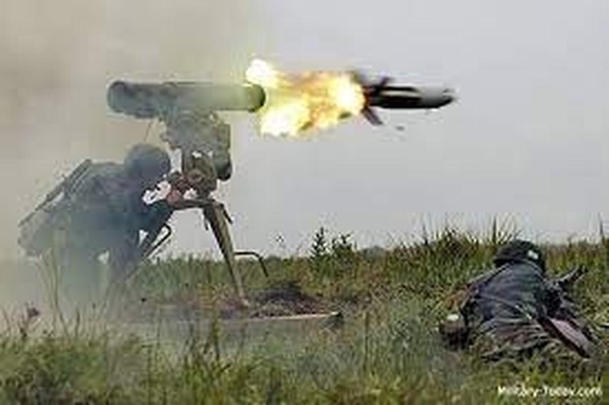 Lo Taliban tran qua bien gioi, linh Nga o Tajikistan trang bi gap Kornet-Hinh-8