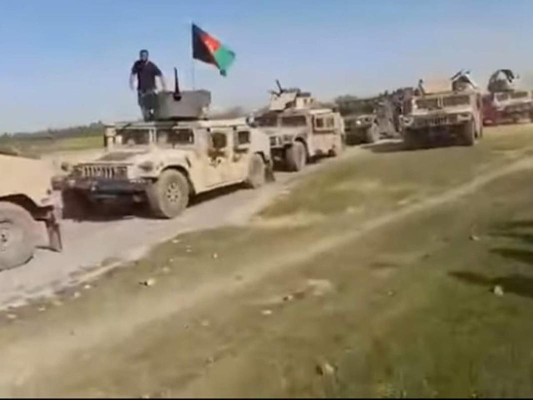 Lo Taliban tran qua bien gioi, linh Nga o Tajikistan trang bi gap Kornet