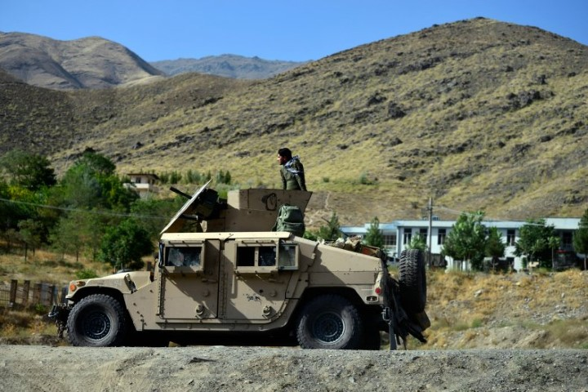 Quan khang chien Afghanistan bat ngo yeu cau tro giup tu Nga-Hinh-9
