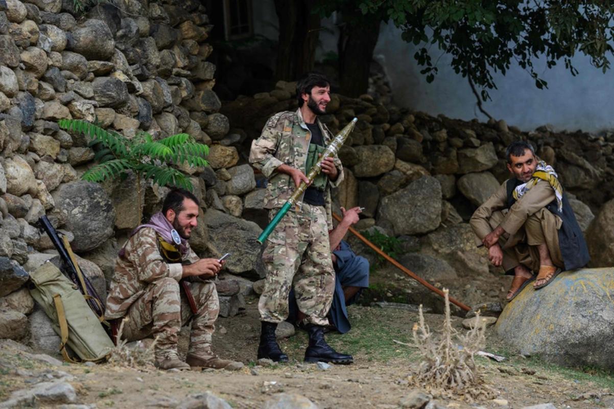 Quan khang chien Afghanistan phan bac Taliban, tuyen bo van chiem giua Panjshir-Hinh-11