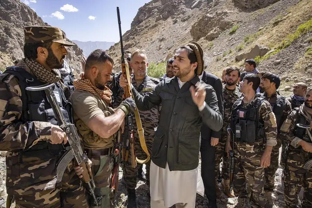 Quan khang chien Afghanistan phan bac Taliban, tuyen bo van chiem giua Panjshir-Hinh-9