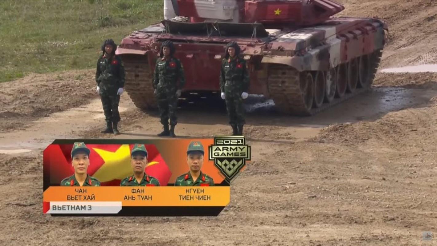 Viet Nam tru hang khi lan dau thi dau tai Bang 1 Tank Biathlon