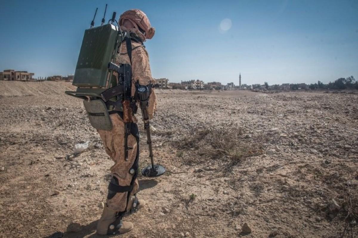 Soc: Quan nhan Nga mang khung xuong tro luc toi Syria thu nghiem-Hinh-11