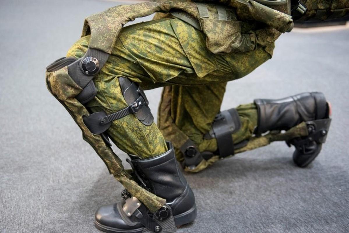 Soc: Quan nhan Nga mang khung xuong tro luc toi Syria thu nghiem-Hinh-4