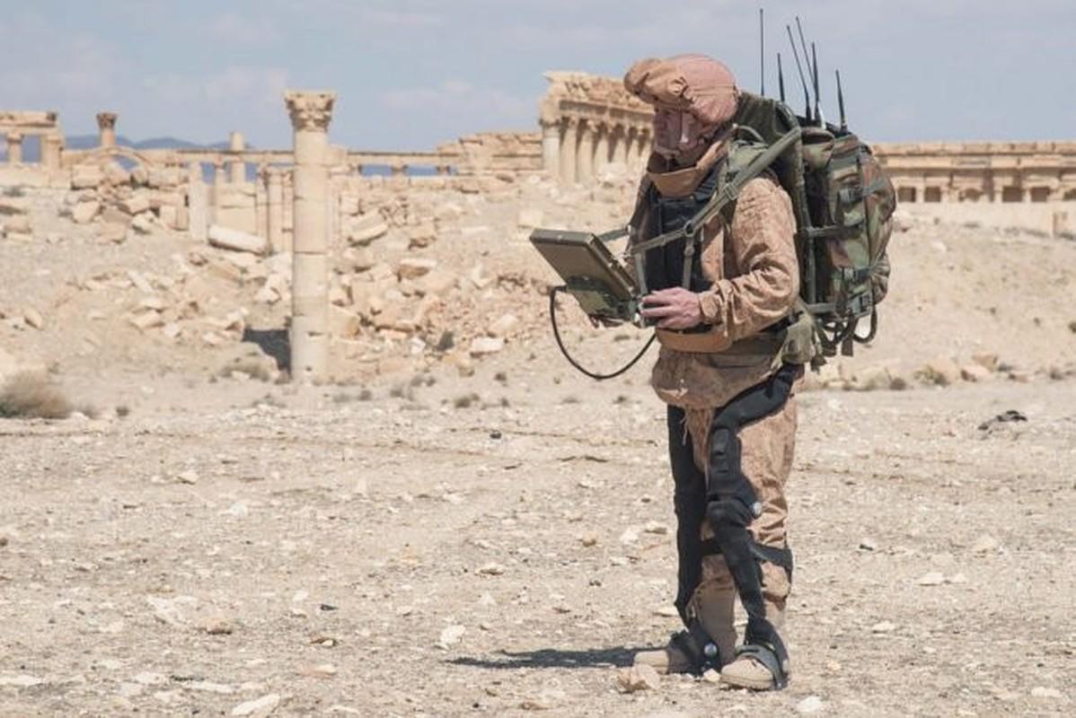 Soc: Quan nhan Nga mang khung xuong tro luc toi Syria thu nghiem-Hinh-8
