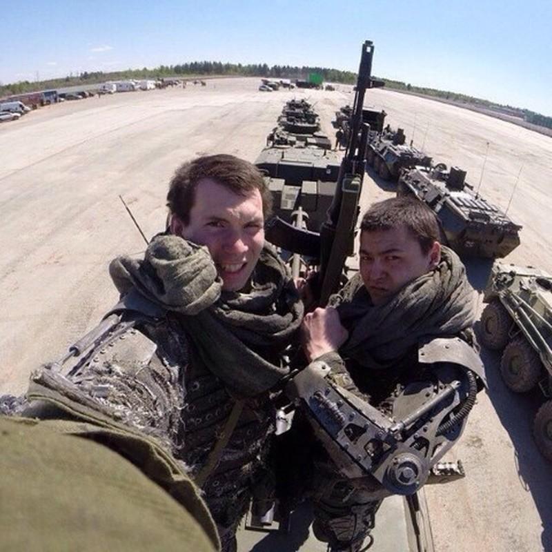 Soc: Quan nhan Nga mang khung xuong tro luc toi Syria thu nghiem