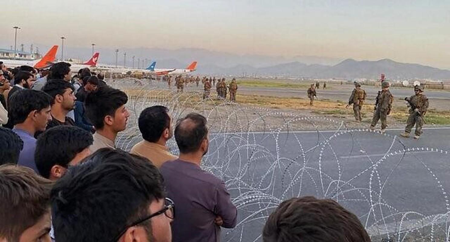 Bat ngo: Linh Afghanistan se 'chan hau' khi My rut khoi san bay Kabul-Hinh-9