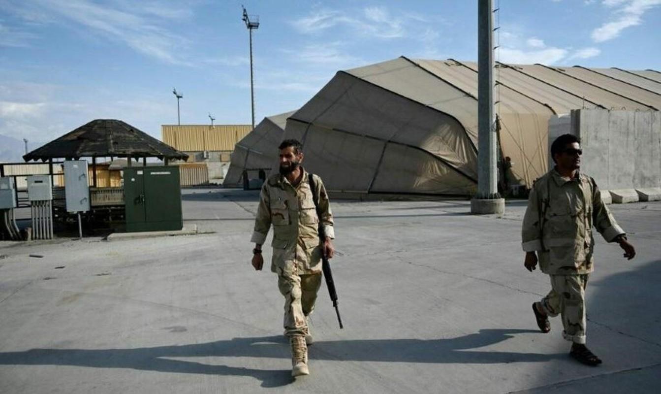 Bat ngo: Linh Afghanistan se 'chan hau' khi My rut khoi san bay Kabul