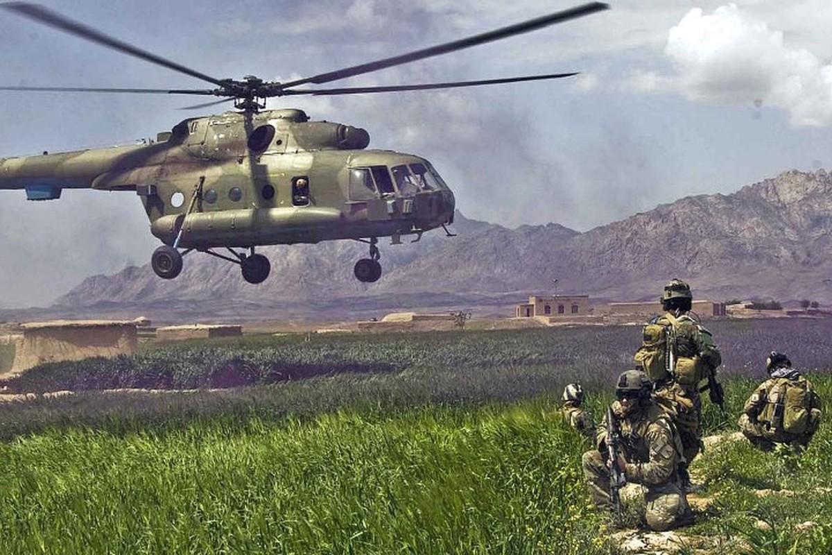 Afghanistan lan dau cho Mi-17 xuat tran, danh Taliban chay tan loan-Hinh-10
