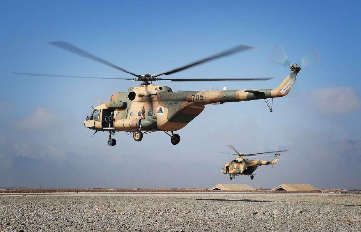 Afghanistan lan dau cho Mi-17 xuat tran, danh Taliban chay tan loan-Hinh-3