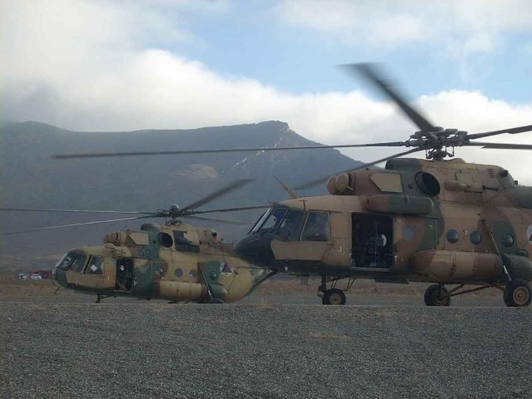 Afghanistan lan dau cho Mi-17 xuat tran, danh Taliban chay tan loan-Hinh-6