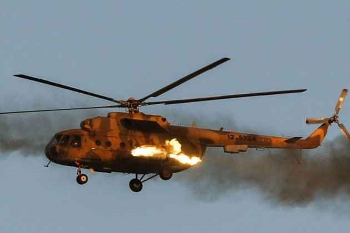 Afghanistan lan dau cho Mi-17 xuat tran, danh Taliban chay tan loan