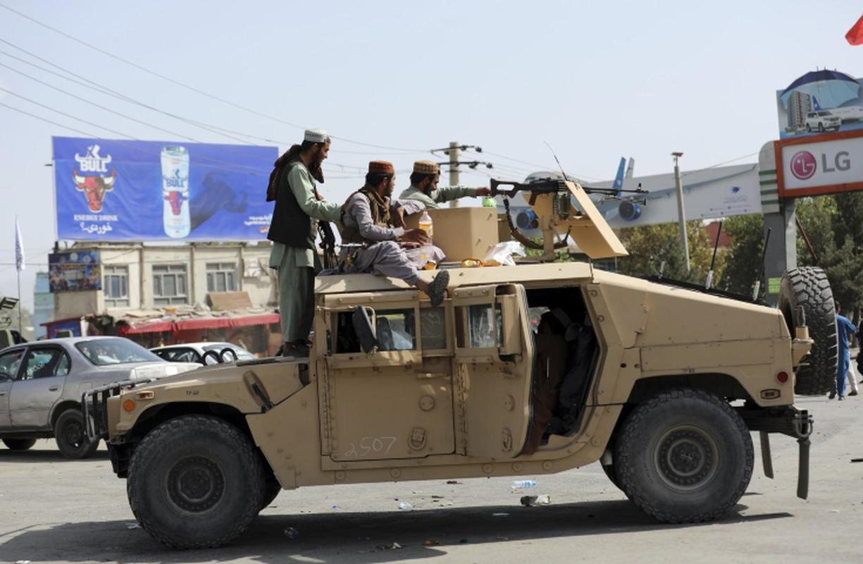 Taliban se kiem duoc hang chuc ty USD nho xuat khau vu khi My-Hinh-14