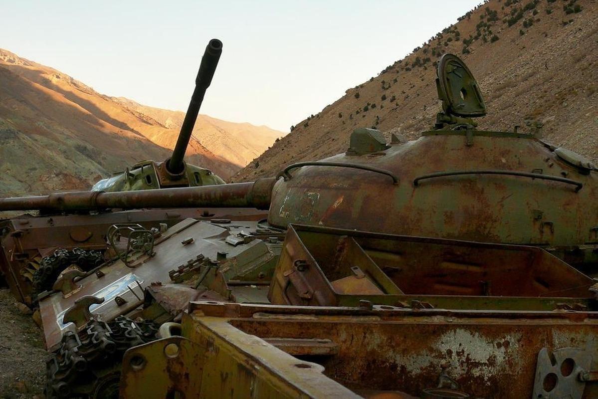Soc: Taliban chiem 150 xe tang cua quan khang chien Afghanistan-Hinh-10
