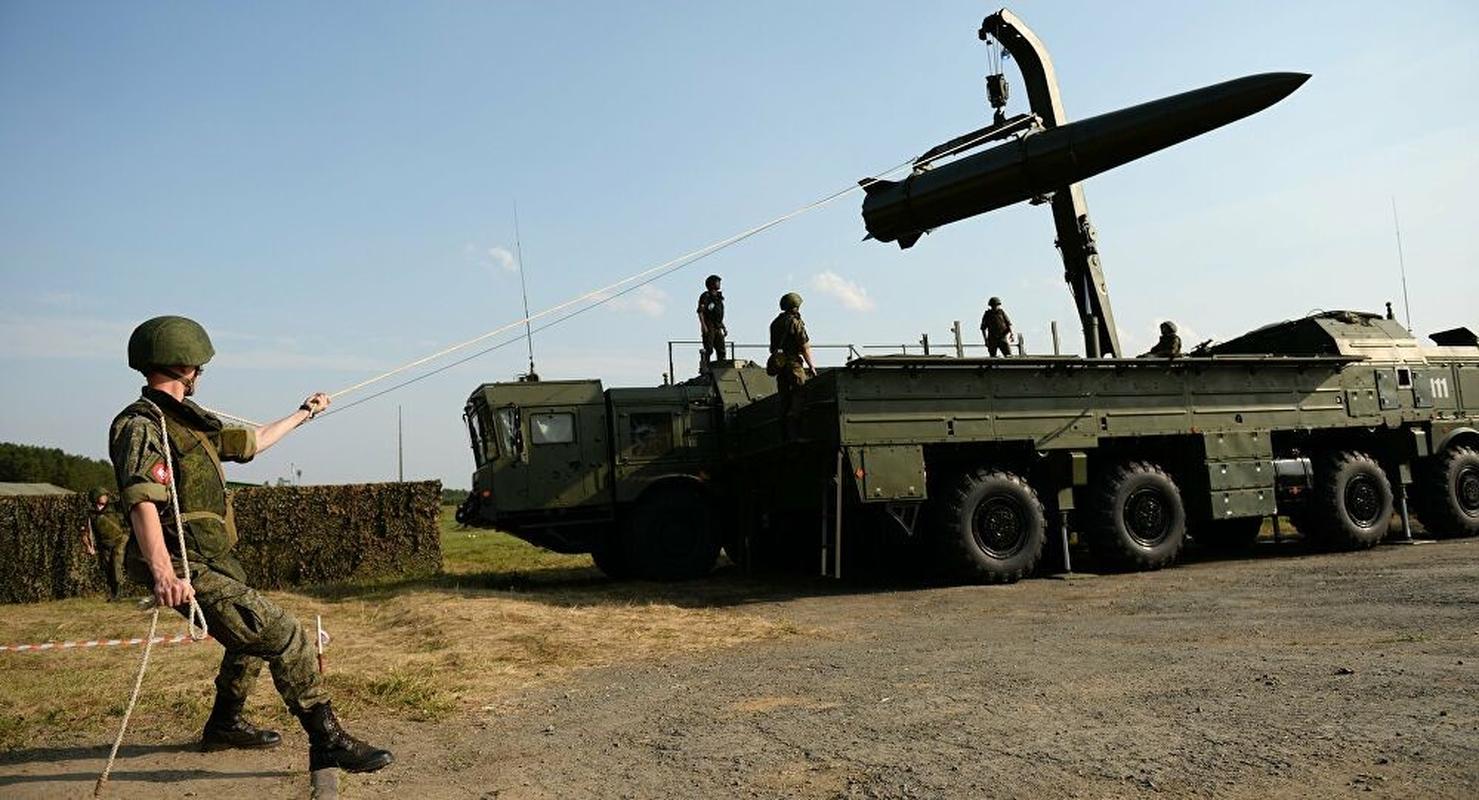 Syria canh bao Israel: Se phan khang bang ten lua dan dao-Hinh-3