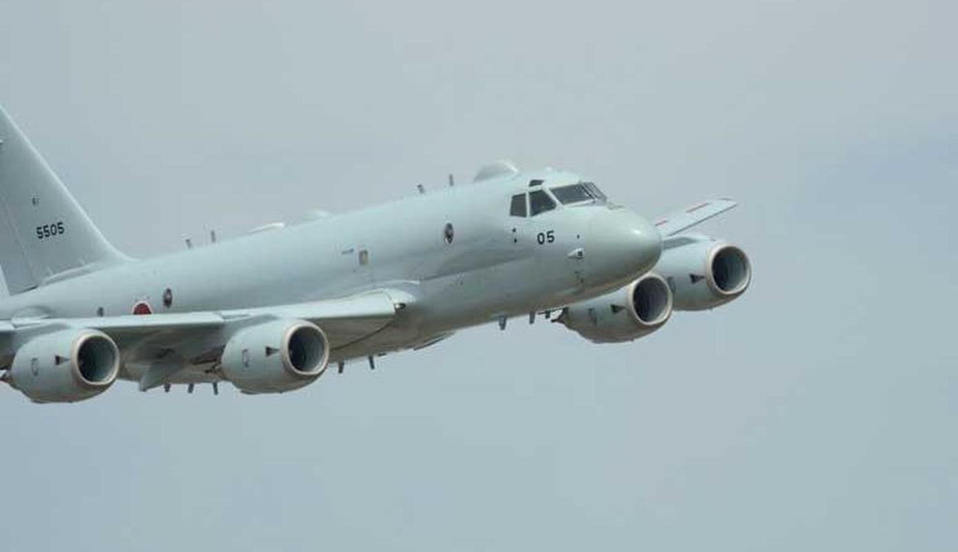 Sieu may bay trinh sat san ngam P-1 cua Nhat lao khoi duong bang-Hinh-4