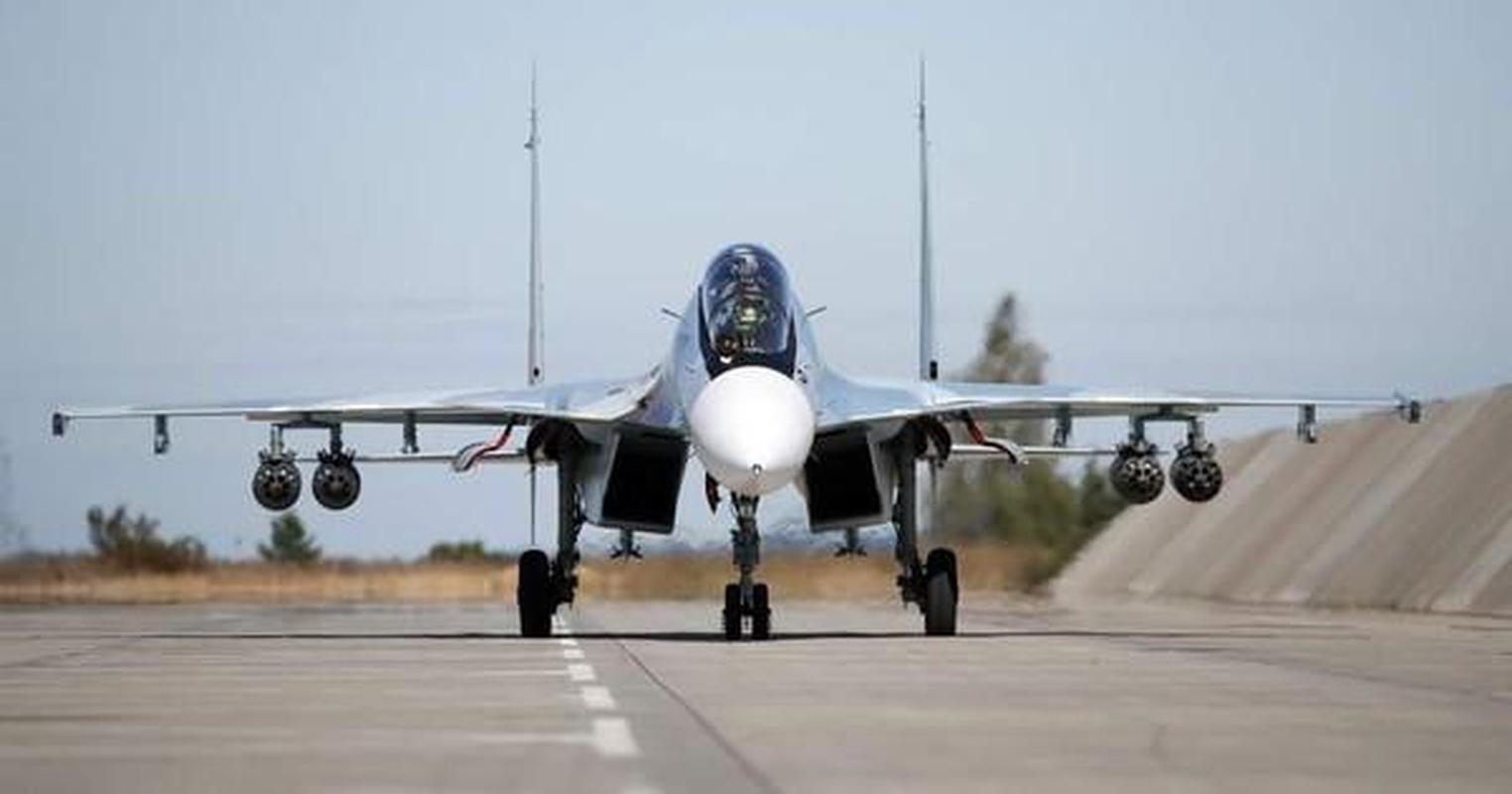 Su thuc Su-30SM2 Super Sukhoi sanh ngang tiem kich the he nam-Hinh-10