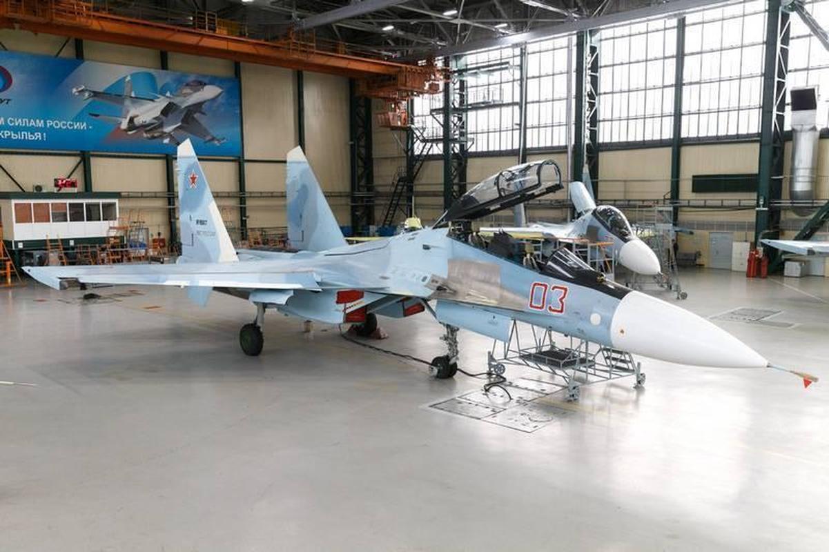 Su thuc Su-30SM2 Super Sukhoi sanh ngang tiem kich the he nam-Hinh-3