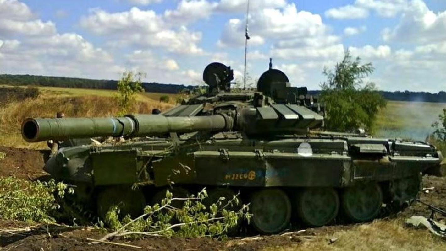 Nga bat ngo dieu 30 'sieu tang' T-72B3M ap sat bien gioi Afghanistan-Hinh-10
