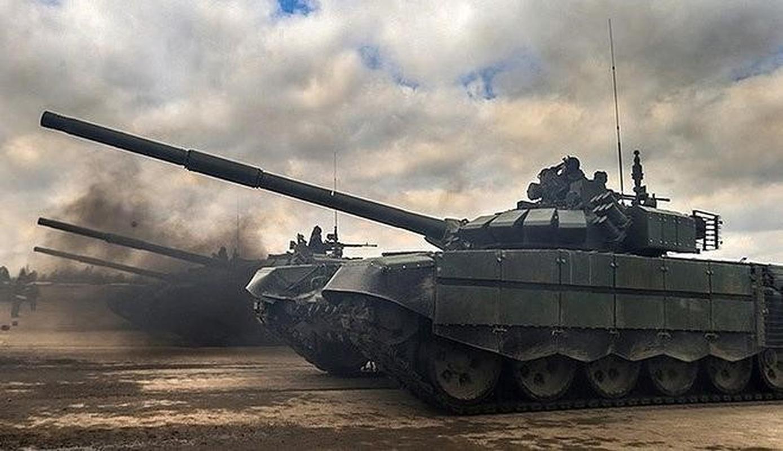 Nga bat ngo dieu 30 'sieu tang' T-72B3M ap sat bien gioi Afghanistan-Hinh-15