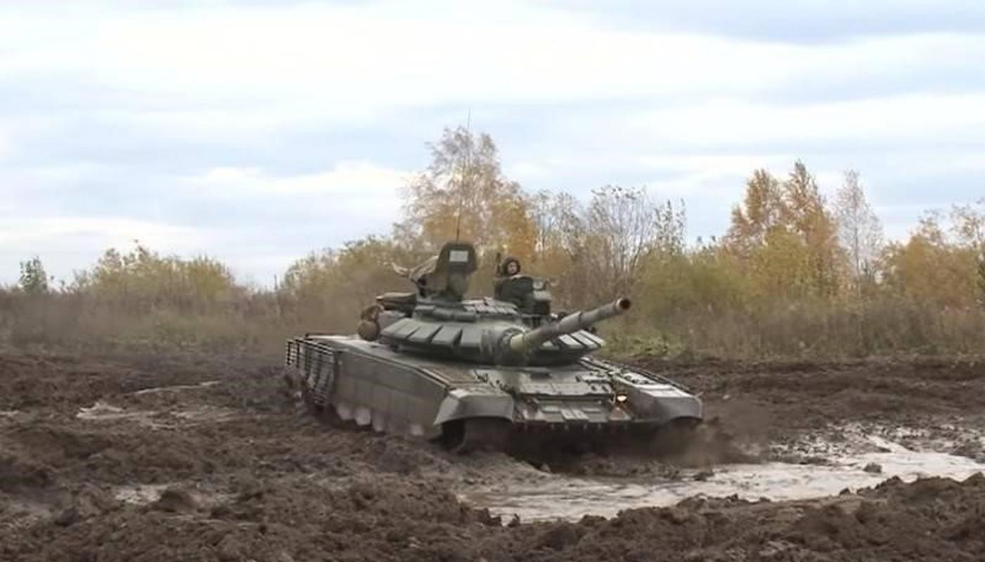 Nga bat ngo dieu 30 'sieu tang' T-72B3M ap sat bien gioi Afghanistan-Hinh-17