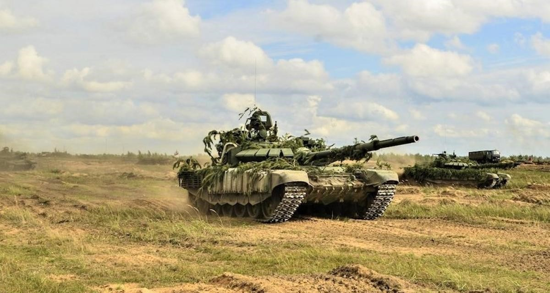 Nga bat ngo dieu 30 'sieu tang' T-72B3M ap sat bien gioi Afghanistan-Hinh-18