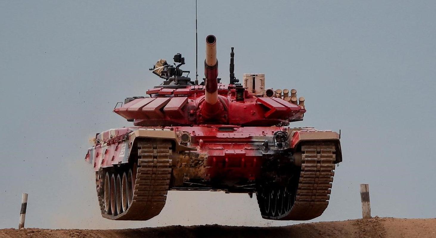 Nga bat ngo dieu 30 'sieu tang' T-72B3M ap sat bien gioi Afghanistan-Hinh-20