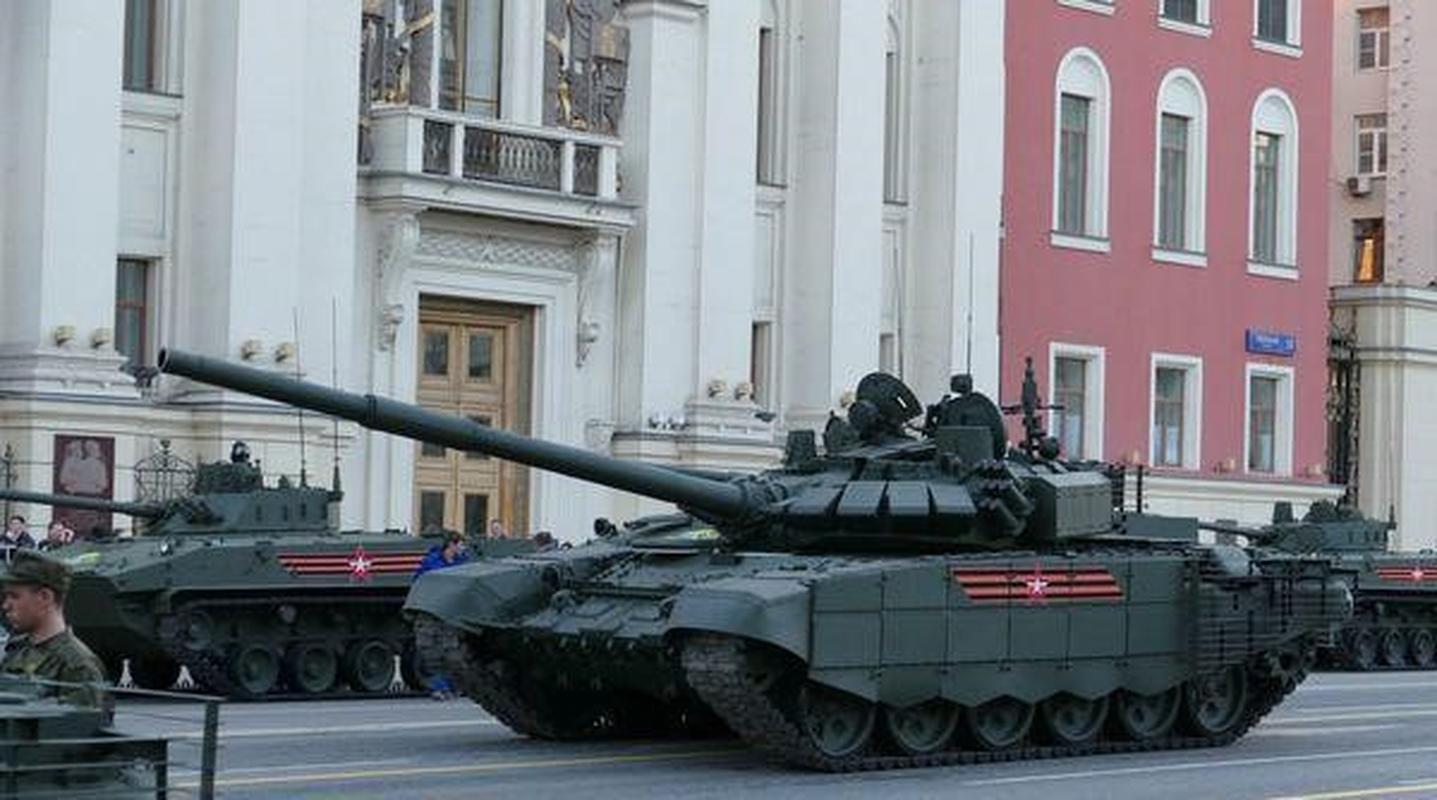 Nga bat ngo dieu 30 'sieu tang' T-72B3M ap sat bien gioi Afghanistan-Hinh-24