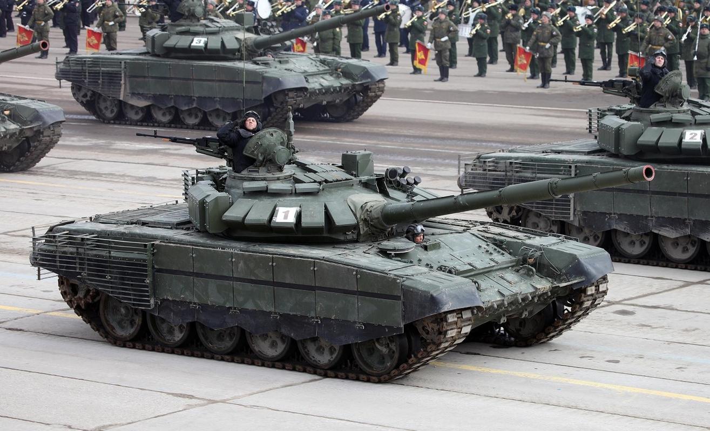 Nga bat ngo dieu 30 'sieu tang' T-72B3M ap sat bien gioi Afghanistan-Hinh-9