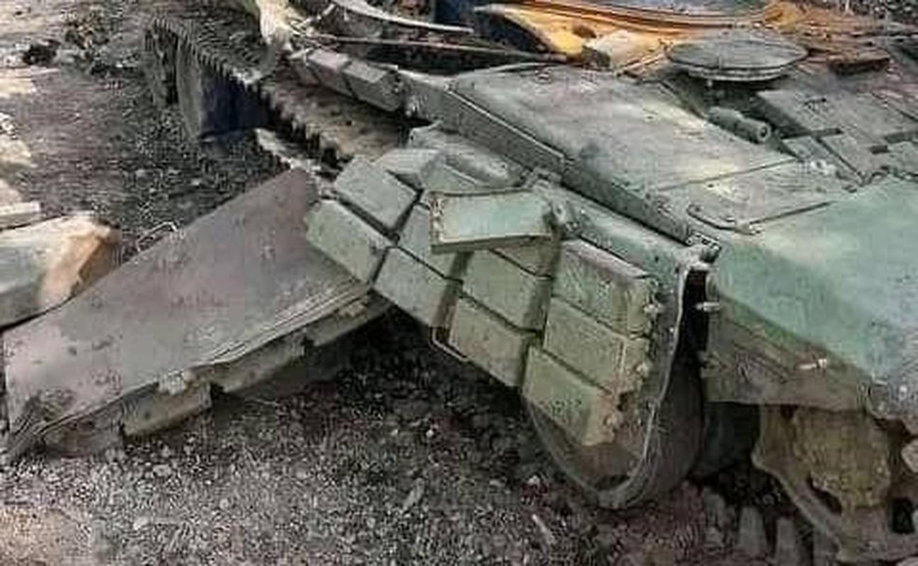 Suc manh dang so cua UAV 'nguoi Ba Tu' vua xe toac xe tang T-72-Hinh-4