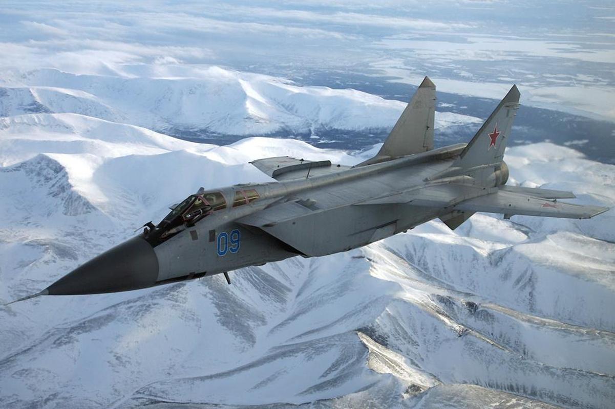 MiG-31 duoc trang bi ten lua bi an manh gap boi Kh-47M2 Kinzhal?-Hinh-13