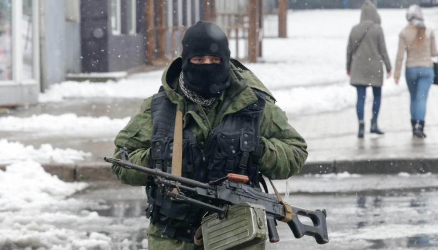 Ukraine thiet hai nang o mien Dong, phao binh Donetsk qua manh!-Hinh-11