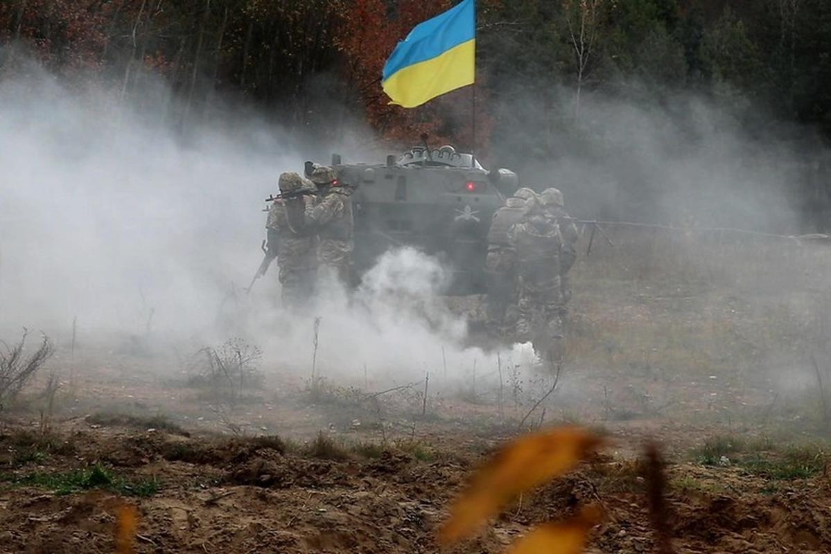 Ukraine thiet hai nang o mien Dong, phao binh Donetsk qua manh!-Hinh-4
