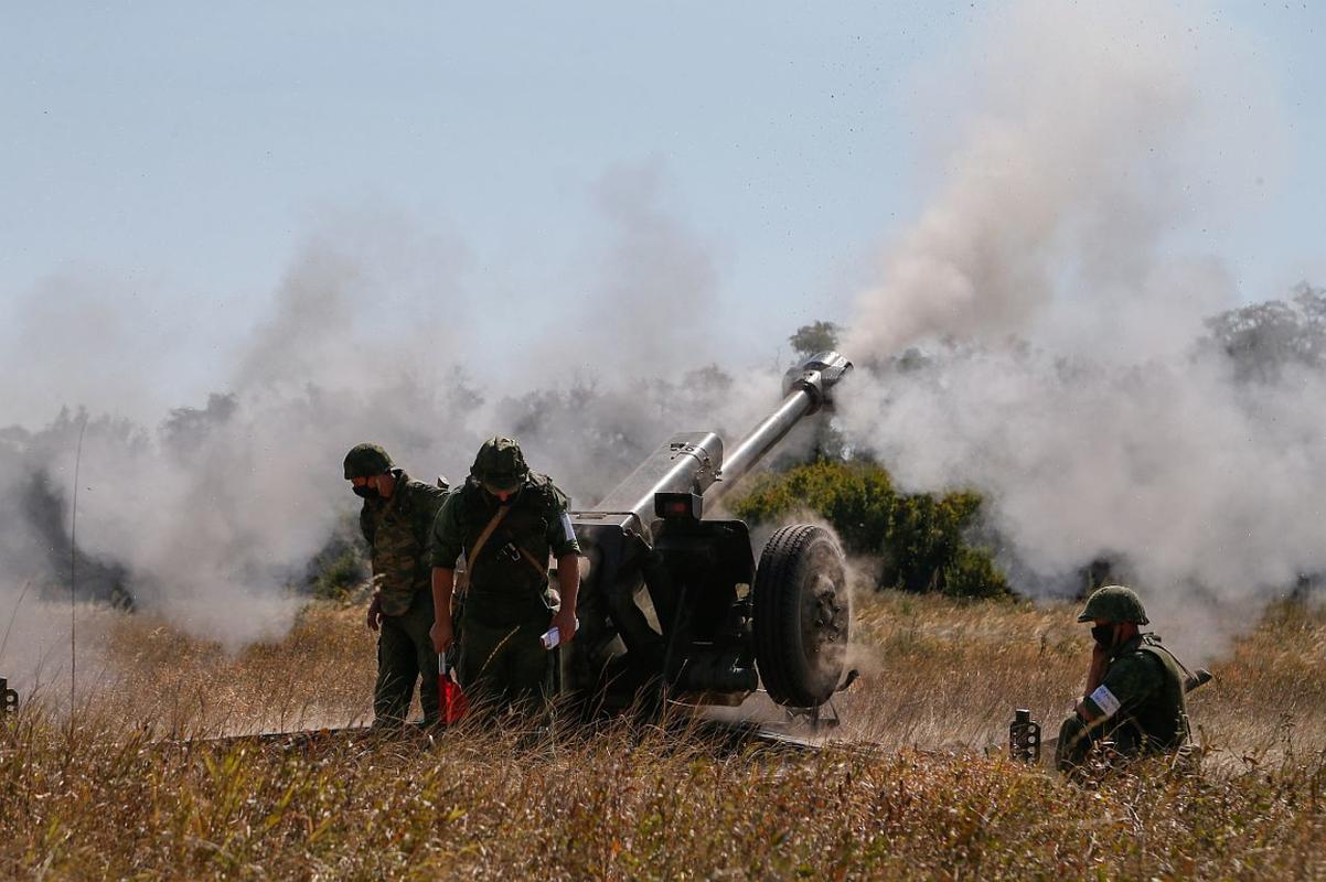 Ukraine thiet hai nang o mien Dong, phao binh Donetsk qua manh!-Hinh-6