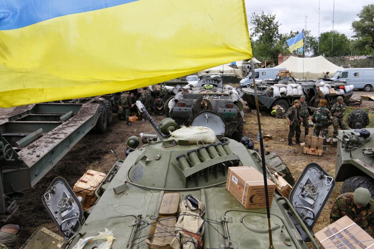 Ukraine thiet hai nang o mien Dong, phao binh Donetsk qua manh!-Hinh-7