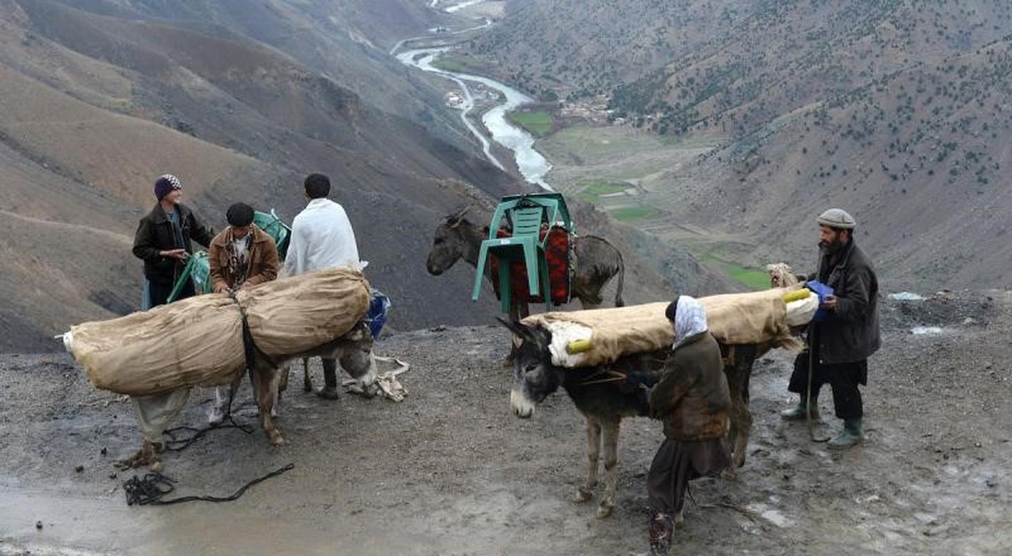 Sau khi 'thang nhu che tre', Taliban lai gap sai lam nghiem trong tai Panjshir-Hinh-13