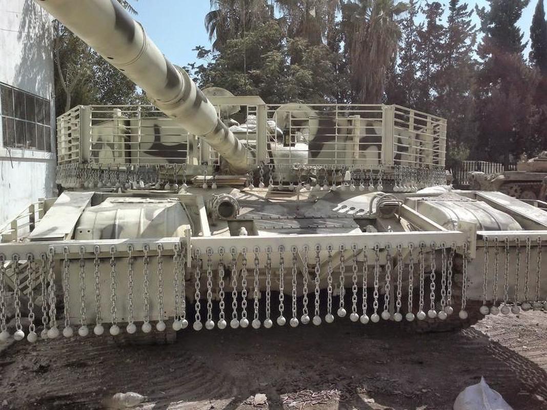 'Mai che' tren T-72B3 Nga vo tac dung truoc ten lua Javelin Ukraine-Hinh-5