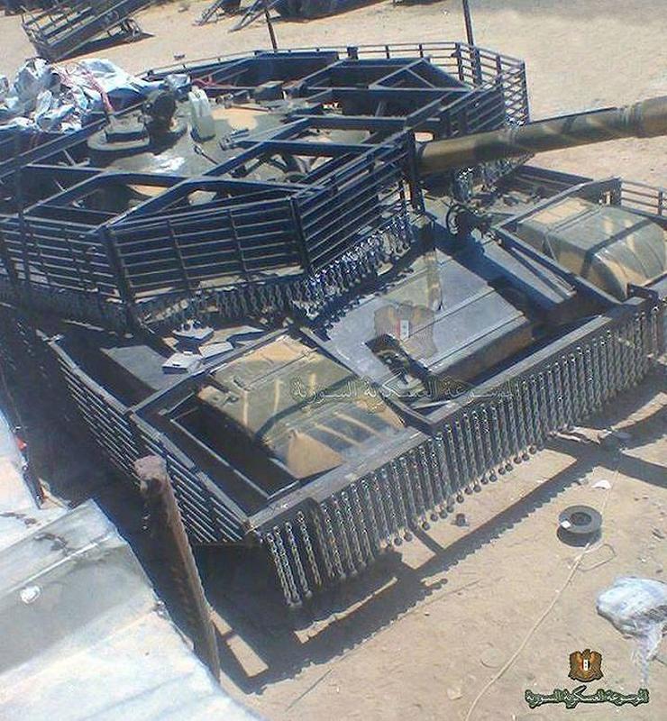'Mai che' tren T-72B3 Nga vo tac dung truoc ten lua Javelin Ukraine-Hinh-6