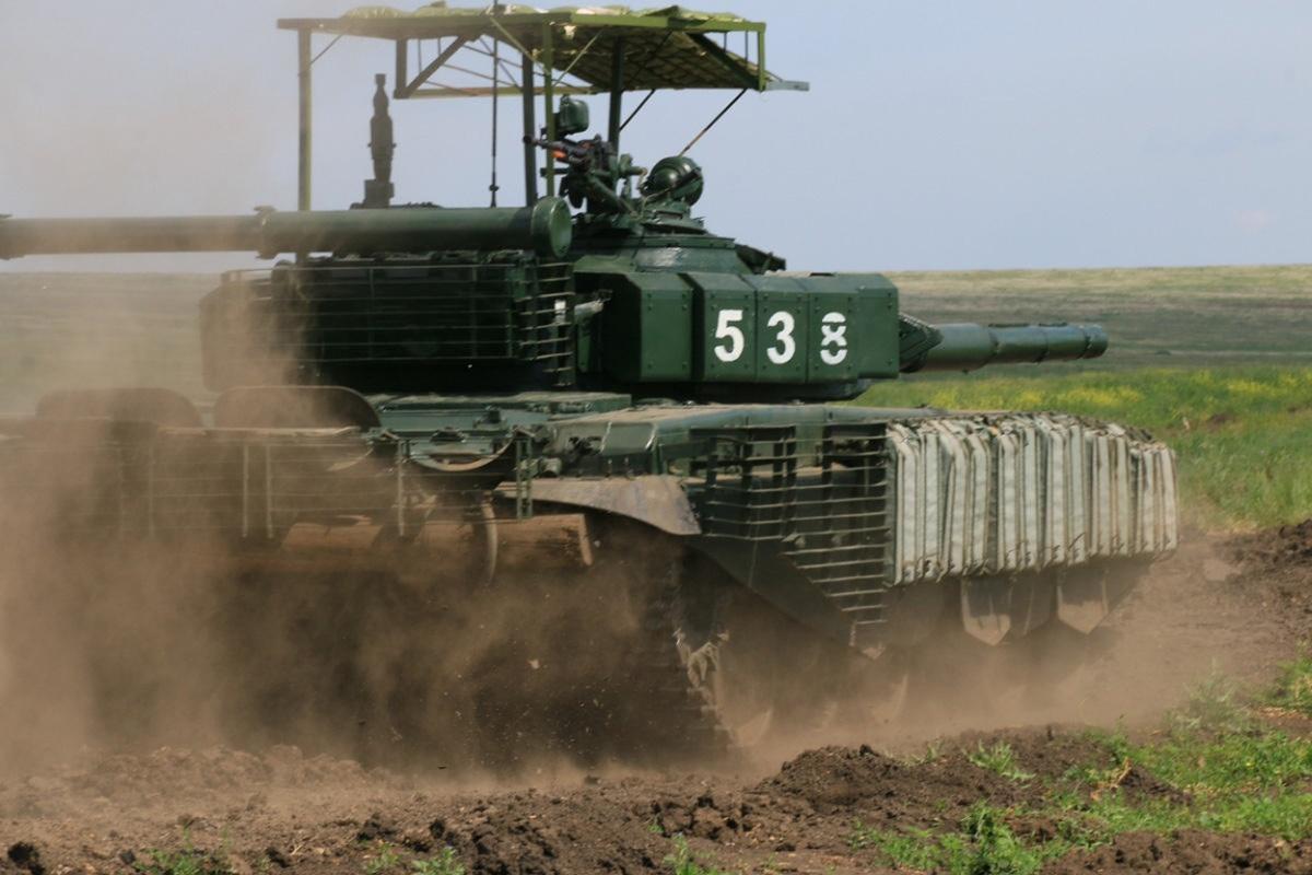 'Mai che' tren T-72B3 Nga vo tac dung truoc ten lua Javelin Ukraine