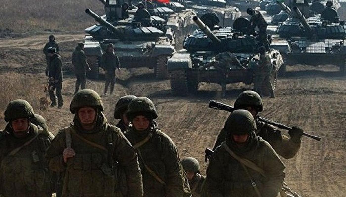 Ukraine un un keo vu khi hang nang toi sat Nga giua dem-Hinh-4