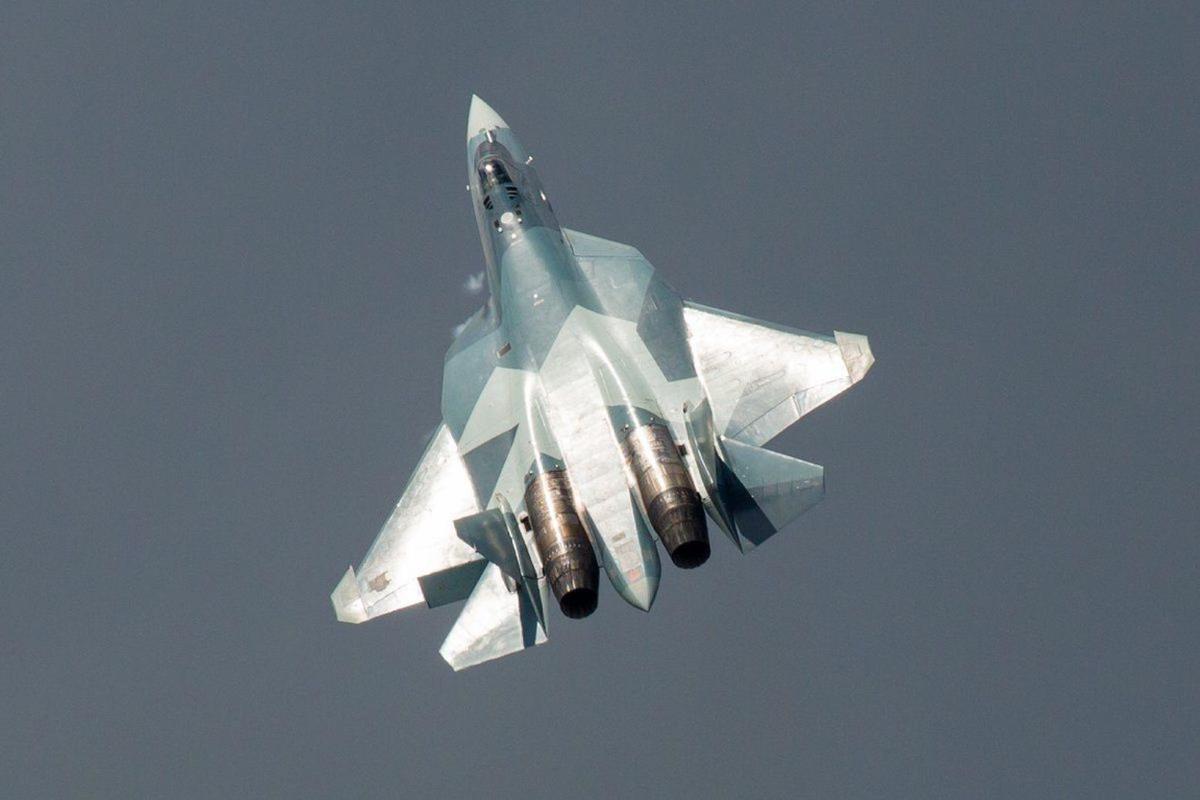 Bao My: Su-57 Nga se chien thang 'chim an thit' F-22 trong thuc chien-Hinh-13