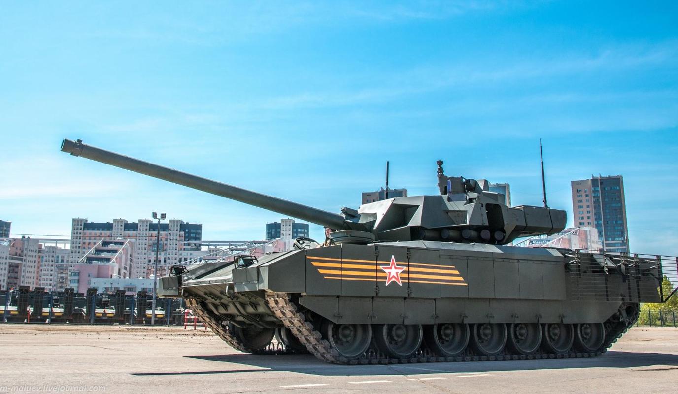 Nga 'chuan hoa' xe tang T-90M, diem bao bat loi cho My va NATO-Hinh-6
