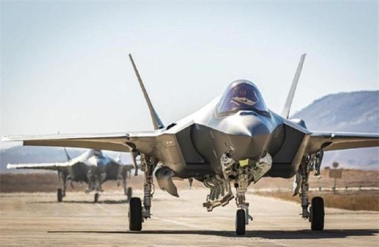 S-200 Syria lan dau 'bat song' F-35 Israel ben kia bien gioi-Hinh-10