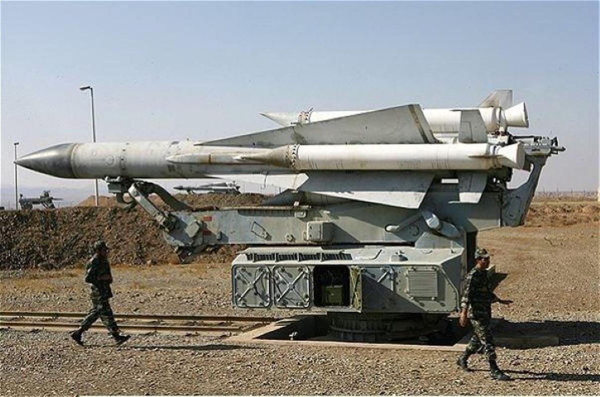 S-200 Syria lan dau 'bat song' F-35 Israel ben kia bien gioi-Hinh-11