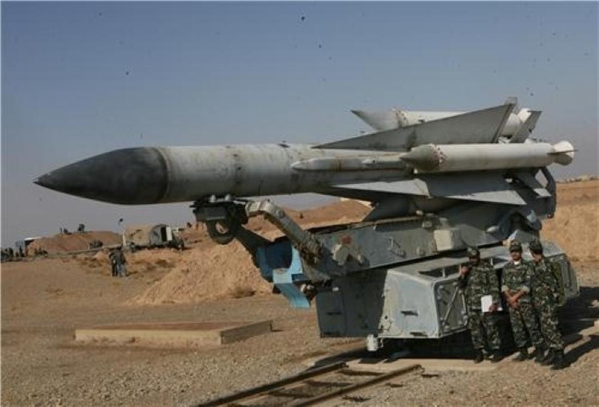 S-200 Syria lan dau 'bat song' F-35 Israel ben kia bien gioi-Hinh-13