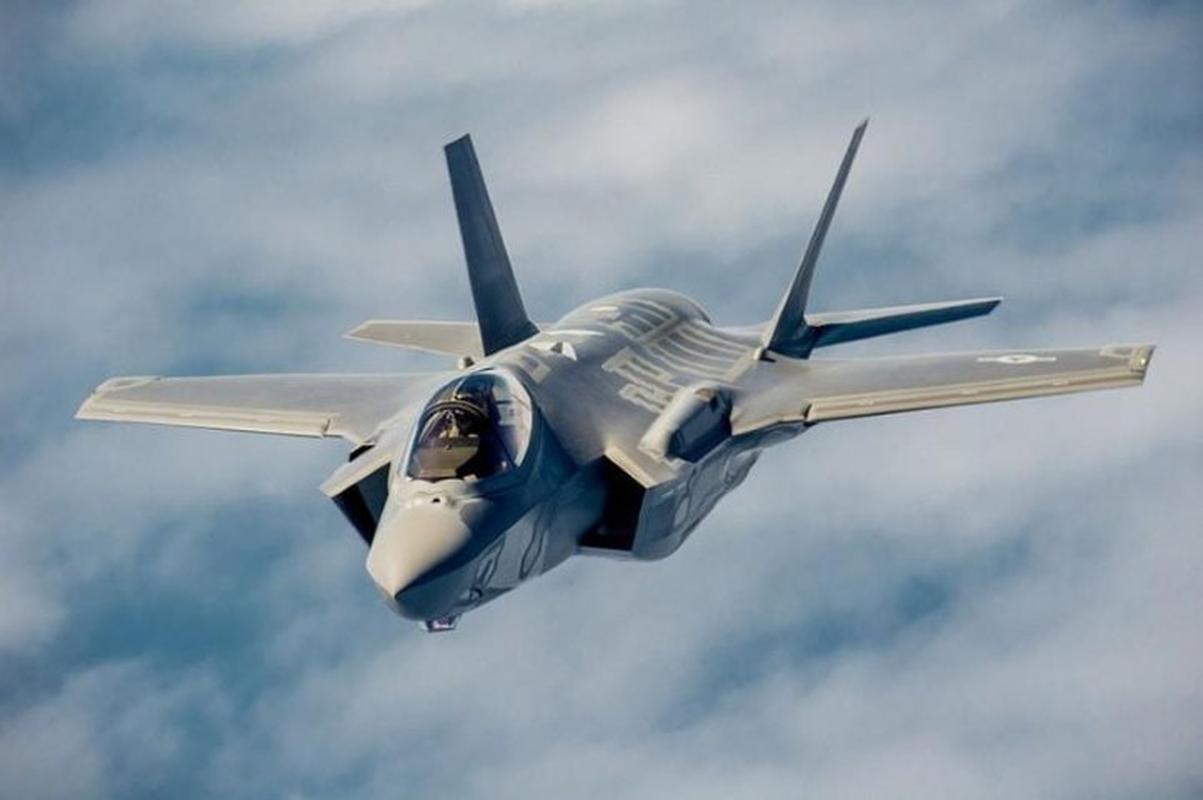 S-200 Syria lan dau 'bat song' F-35 Israel ben kia bien gioi-Hinh-4