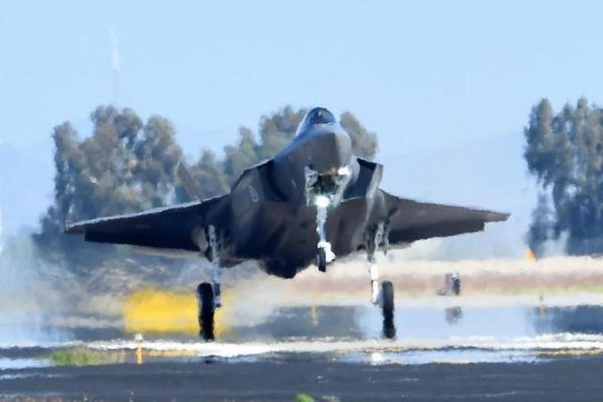 S-200 Syria lan dau 'bat song' F-35 Israel ben kia bien gioi-Hinh-9