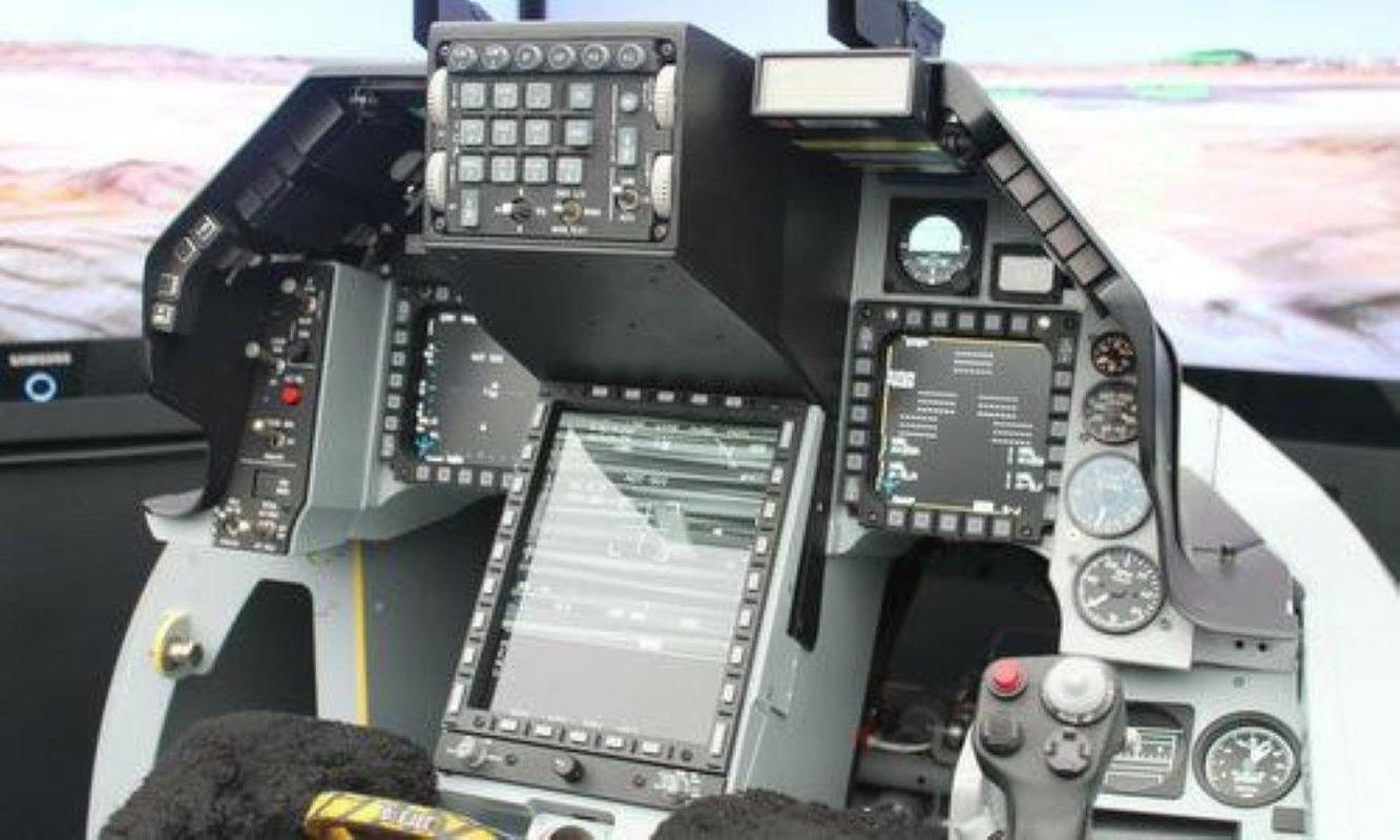 Lieu My co 'xuong nuoc' de dong minh Philippines so huu 'chien than' F-16V?-Hinh-18