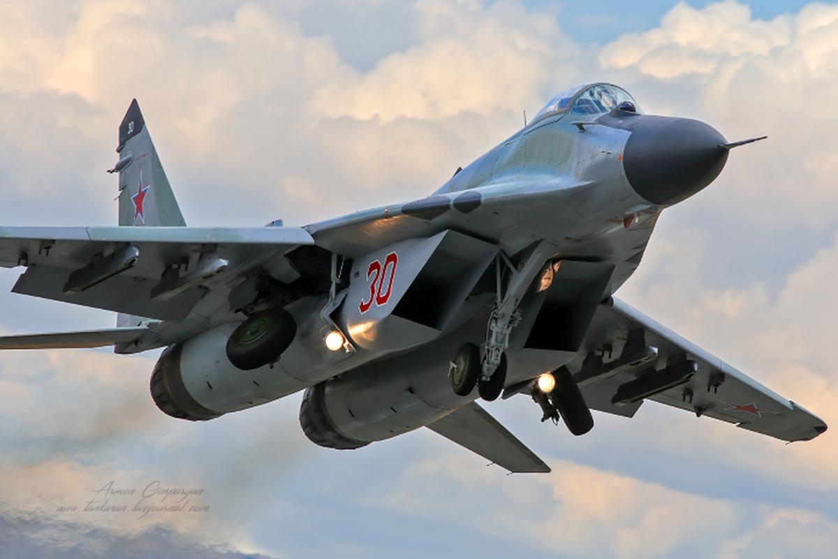 Moscow gui cung luc 24 tiem kich khung toi Crimea ran mat Kiev-Hinh-12
